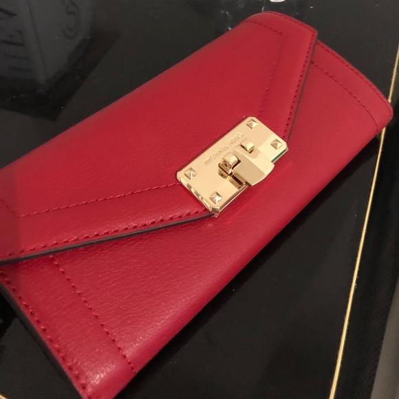 976225e7630 MICHAEL Michael Kors Bags   Michael Kors Kinsley Wallet In Chili ...